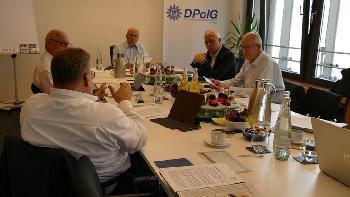 DPolG Bundesleitung nimmt Polizeigewerkschafter in Schutz