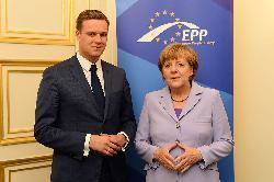 Merkel: EU in entscheidender Phase