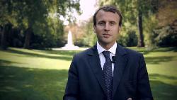 Macron verspricht, den Islam in Frankreich zu reformieren