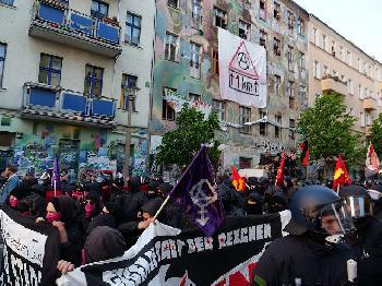 Unbändiger Hass auf Polizisten: Novemberwochenende in Berlin von linksextremer Gewalt überschattet