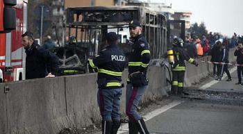 Italien: Terrorist wollte 51 Kinder im Bus verbrennen [Video]