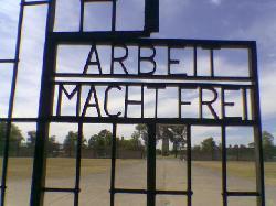 73. Jahrestag der Befreiung der Häftlinge des KZ-Sachsenhausen