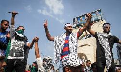 Jude stirbt bei Anschlag - Umherstehende Islamisten flippen vor Begeisterung aus
