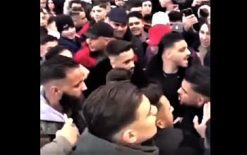 Bekir und Bahar in Berlin: Rustikaler multikultureller Austausch am Alexanderplatz