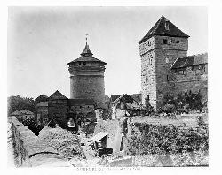 Die Nürnberger Stadtmauer soll weg!