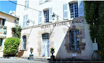 Mann verschanzt sich in Museum in Südfrankreich