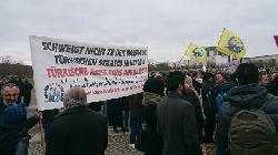 Berlin: Proteskundgebungen gegen den türkischen Überfall auf #Afrin [Bilderstrecke]