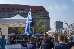 Tausende beim Straßenfest zum Israel-Tag
