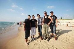 Tausende Araber besuchen die Strände von Tel Aviv – zum Ramadan