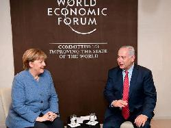 Netanyahu und Merkel in Davos