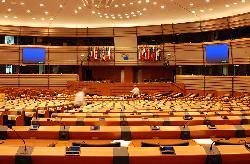 Die Europäische Union applaudiert sich zurück ins Mittelalter
