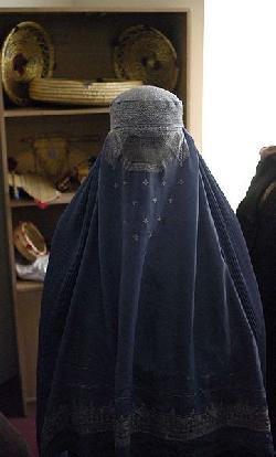 ISIS verhängt teilweises Burka-Verbot