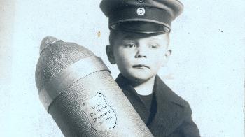 Propagandakinder - eine Fotogalerie aus aktuellem Anlass