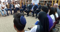 Rivlin würdigt Koexistenzprojekt für Schüler