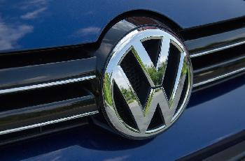 VW-Investitionen in der Türkei - Autodevisen für den Angriffskrieg gegen die Kurden