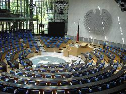 Die Macht in Deutschland geht vom Deutschen Volke aus!