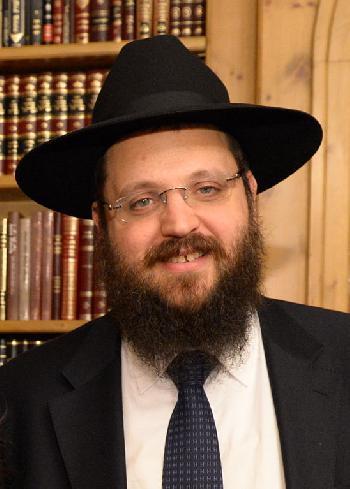 Rabbiner Yehuda Teichtal in Berlin auf Arabisch beschimpft und bespuckt
